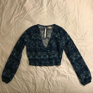Hollister Crop Top Size Small